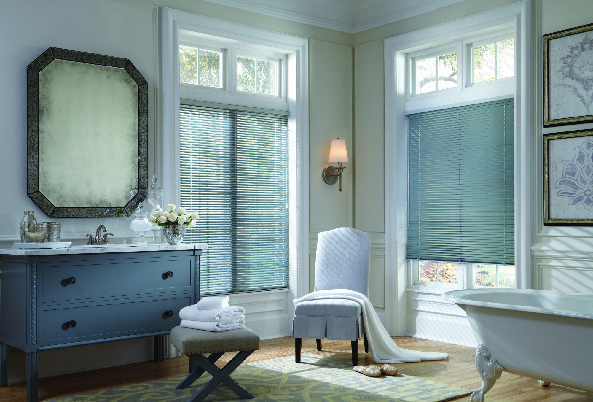 2014_MPM_Standard Cordlock_Aluminum Blinds_Bathroom